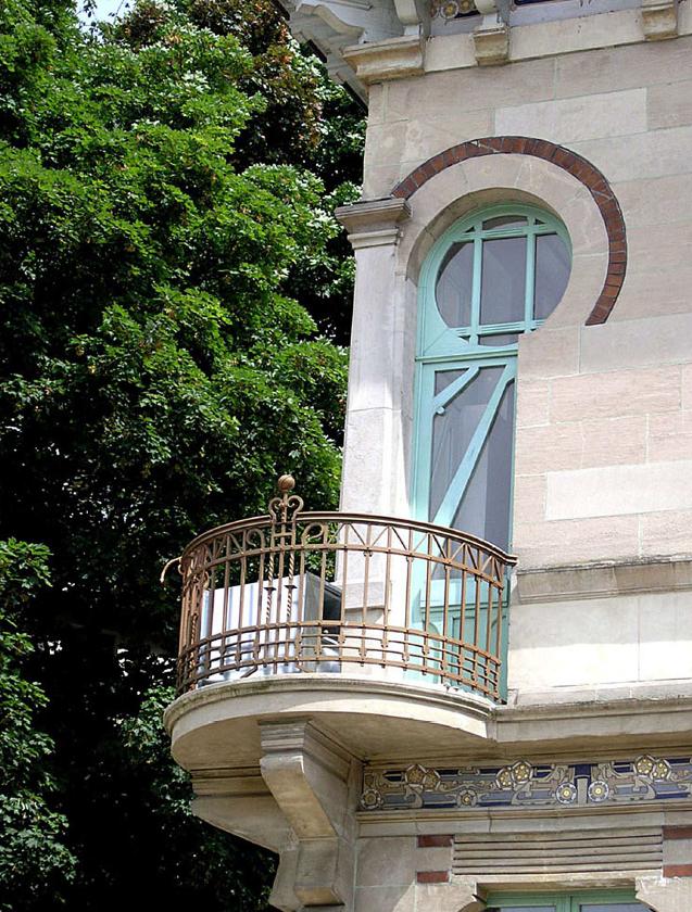 L'avenue Franklin Roosevelt, jardin des ambassades ?