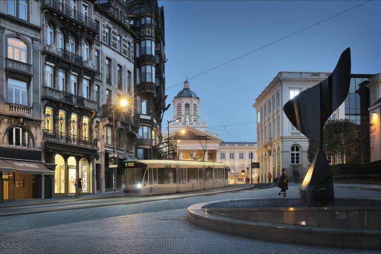 Tram Gare centrale, oui. L'isolement de Schaerbeek et les cyclistes sur le trottoirs, non !