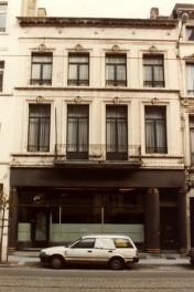 Saint-Nicolas des hôteliers : démolition providentielle rue Royale, 191 à Saint-Josse