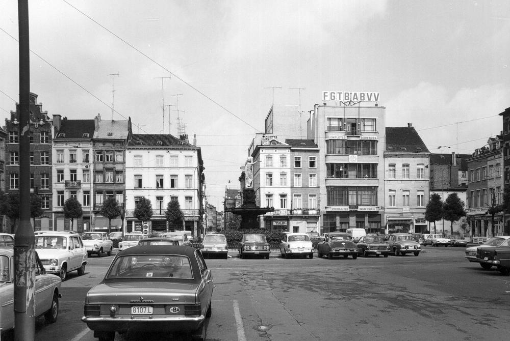 Place Rouppe : patrimoine néoclassique sacrifié pour un parking public ?