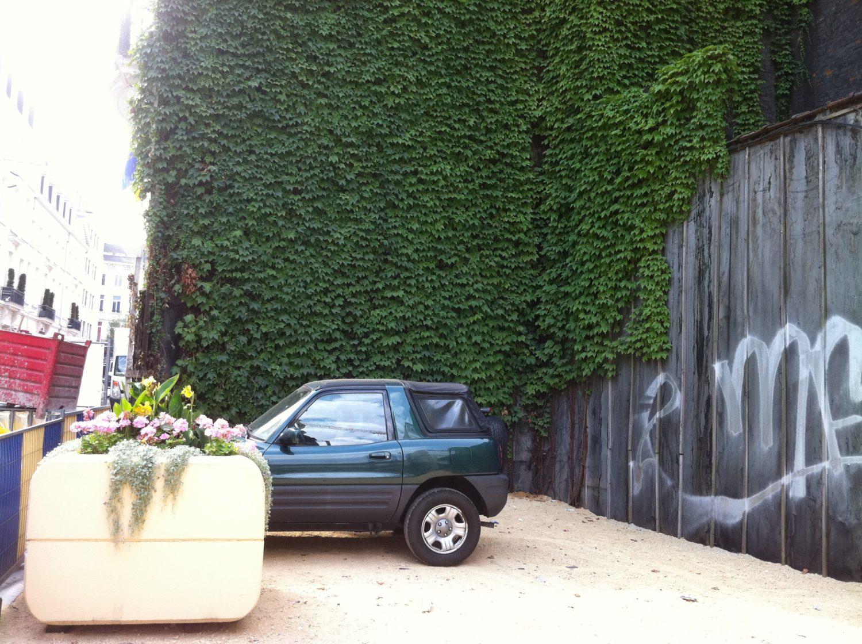 Rue Fossé aux Loups : La Ville travaille sans permis