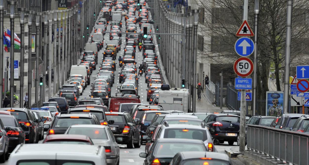 Parkings publics souterrains : les projets de la Ville de Bruxelles doivent être enterrés !