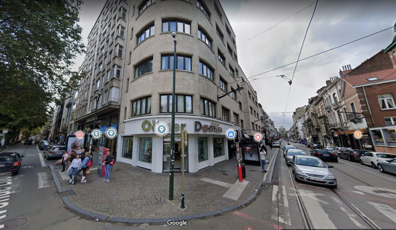 A l'angle de l'avenue Louise et de la rue du Bailli, 1000 Bruxelles